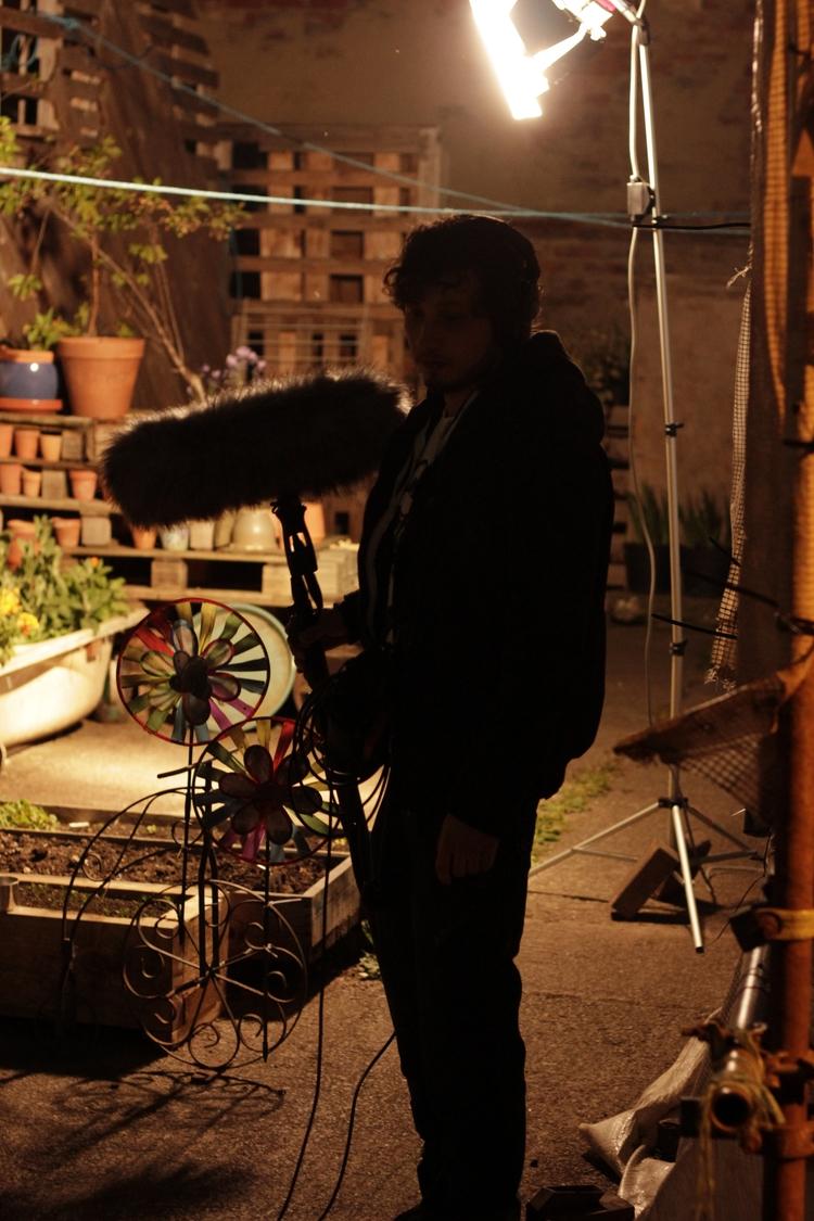 set - Magdalenefilm, whipmawhopmafilm - gianluca_balla | ello