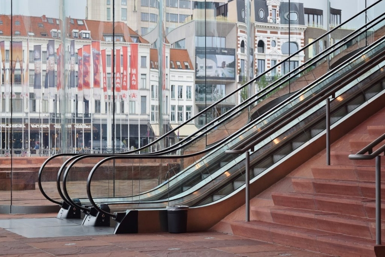 Antwerpen Eilandje - lunabloom | ello