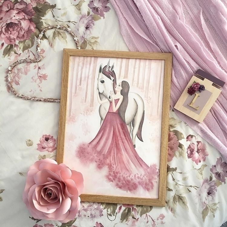 :rose:SCARLETT UNICORN Swipe Le - lilylovesluka | ello