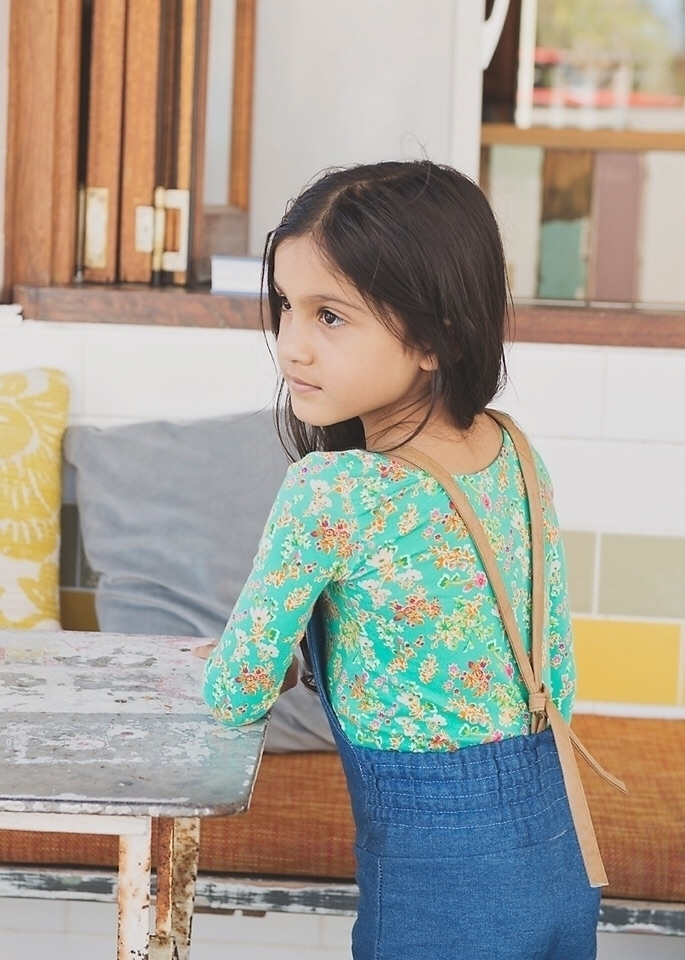 Sonny floral - amazing fabric.  - zpthelabel | ello