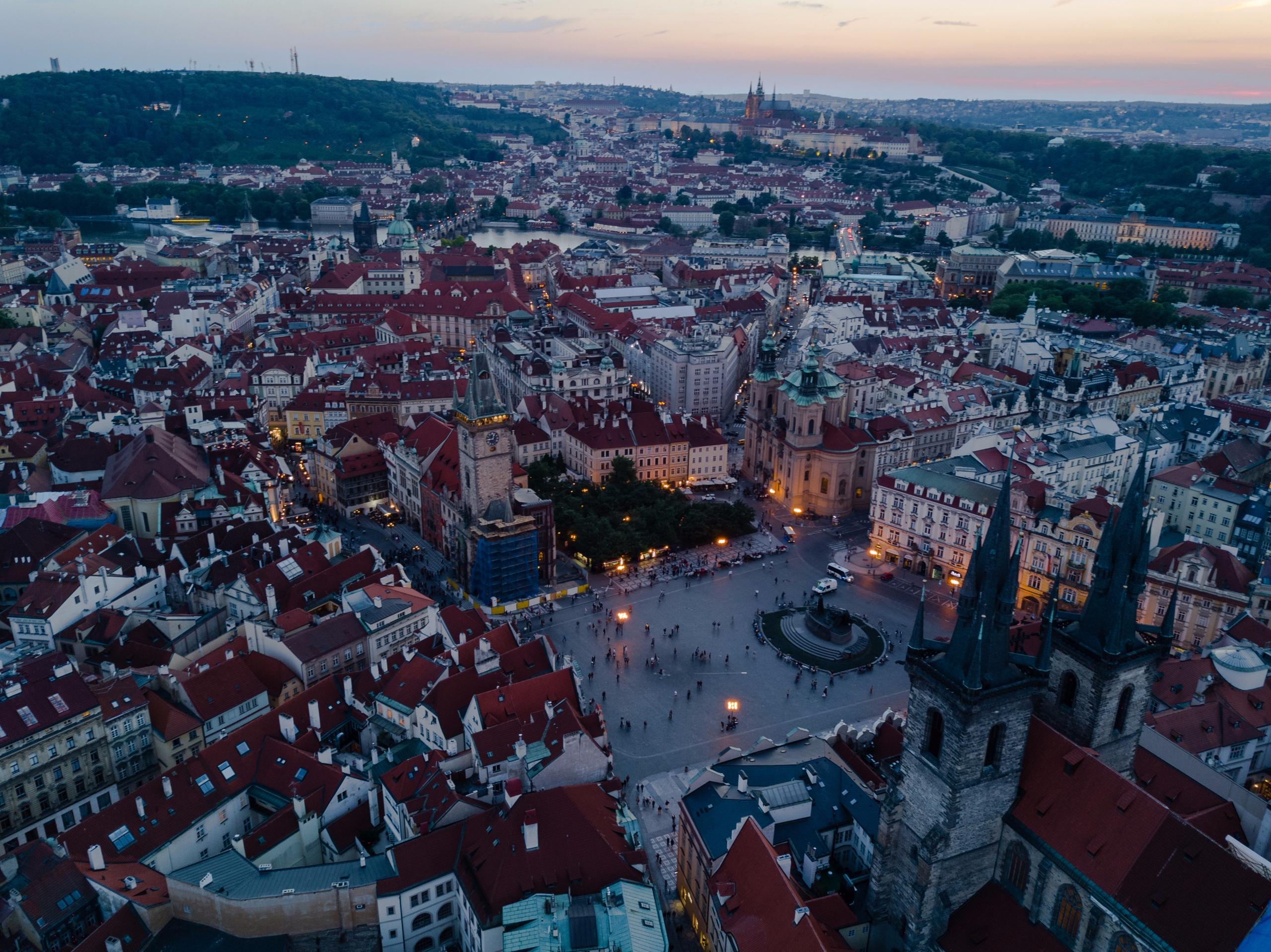 Prague lights night! 2017 - travel - jhollaholla | ello