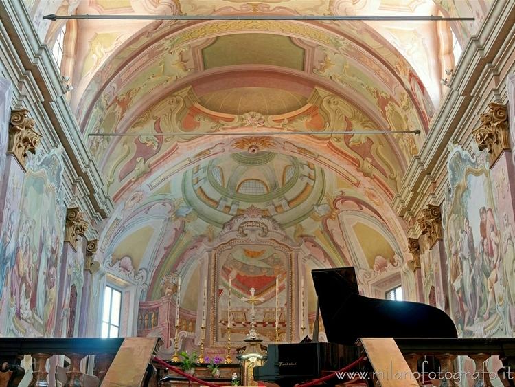 Sesto Calende (Varese, Italy):  - milanofotografo   ello