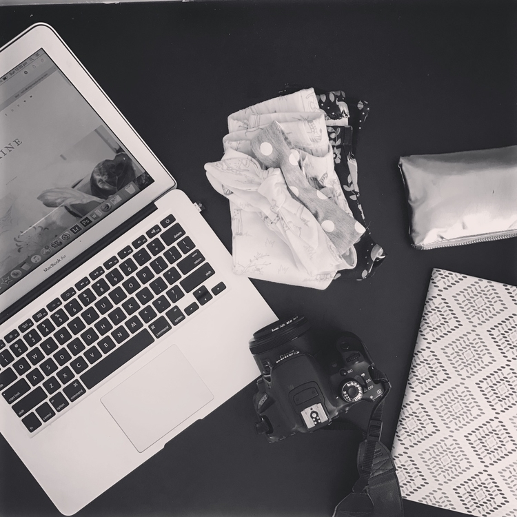 SUNDAY | rest day HQ Photograph - littlemisslorraine | ello