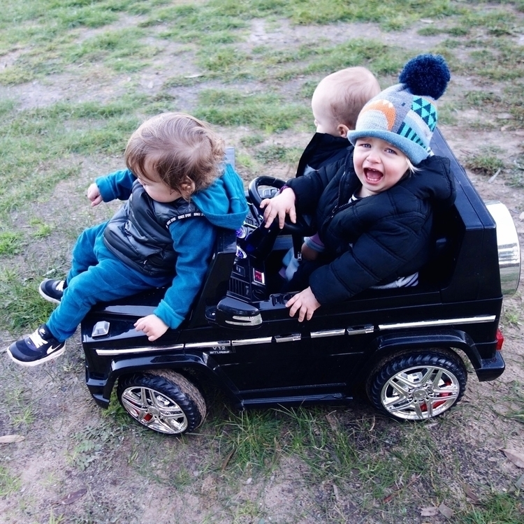 happy sharing ride cousins - hollyharris | ello