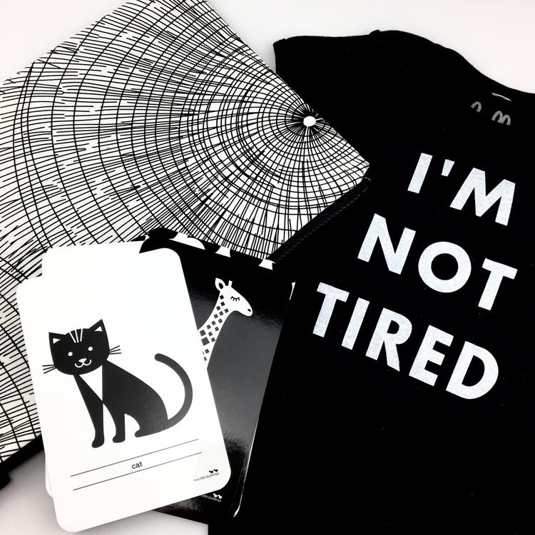 Monochrome Monday! 🖤 - nellieandthecat | ello