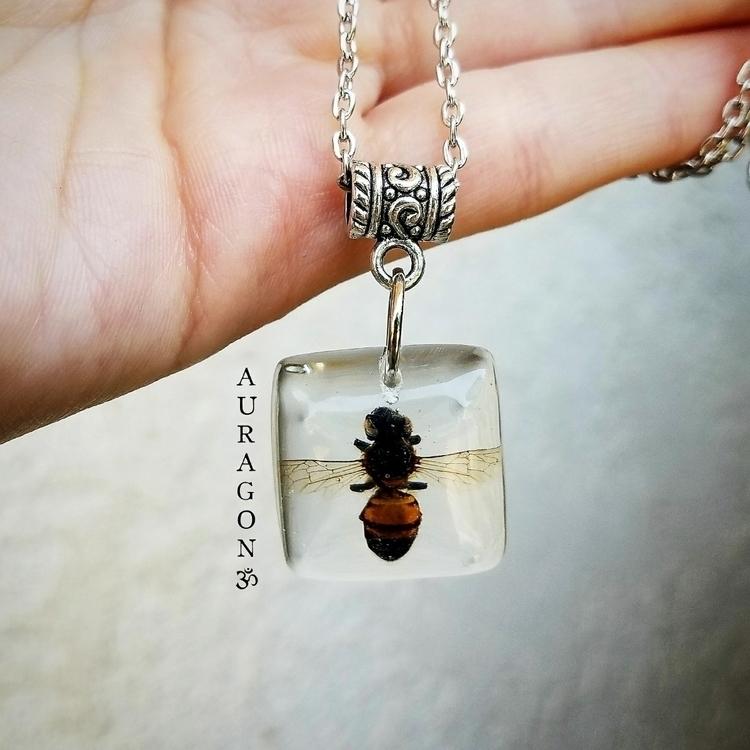 Bee spirit possess strong work  - auragon | ello