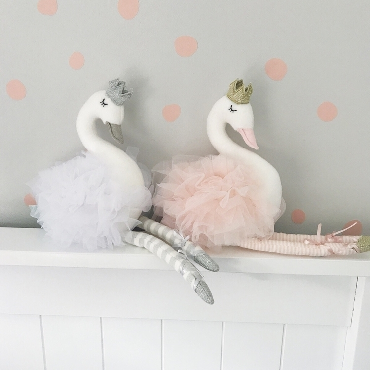 gorgeous swans arrived yesterda - sweetlittledreams | ello