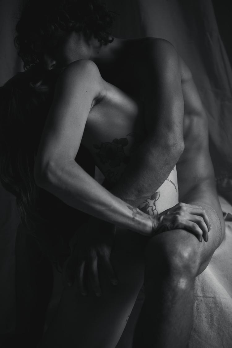 Aviad Allison, Rodin-inspired e - genevievekim | ello