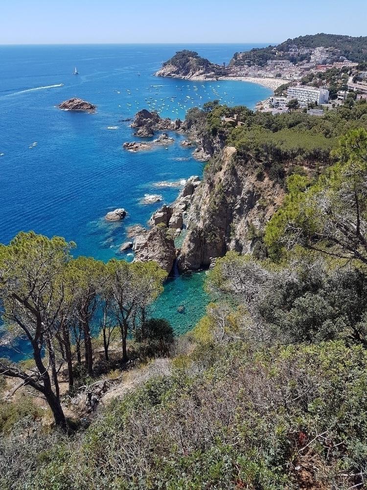 Beautiful. View Tossa de Mar - CostaBrava - rowiro | ello