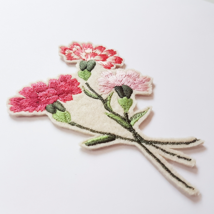 Carnation obsessions - embroiderybykgdesign | ello