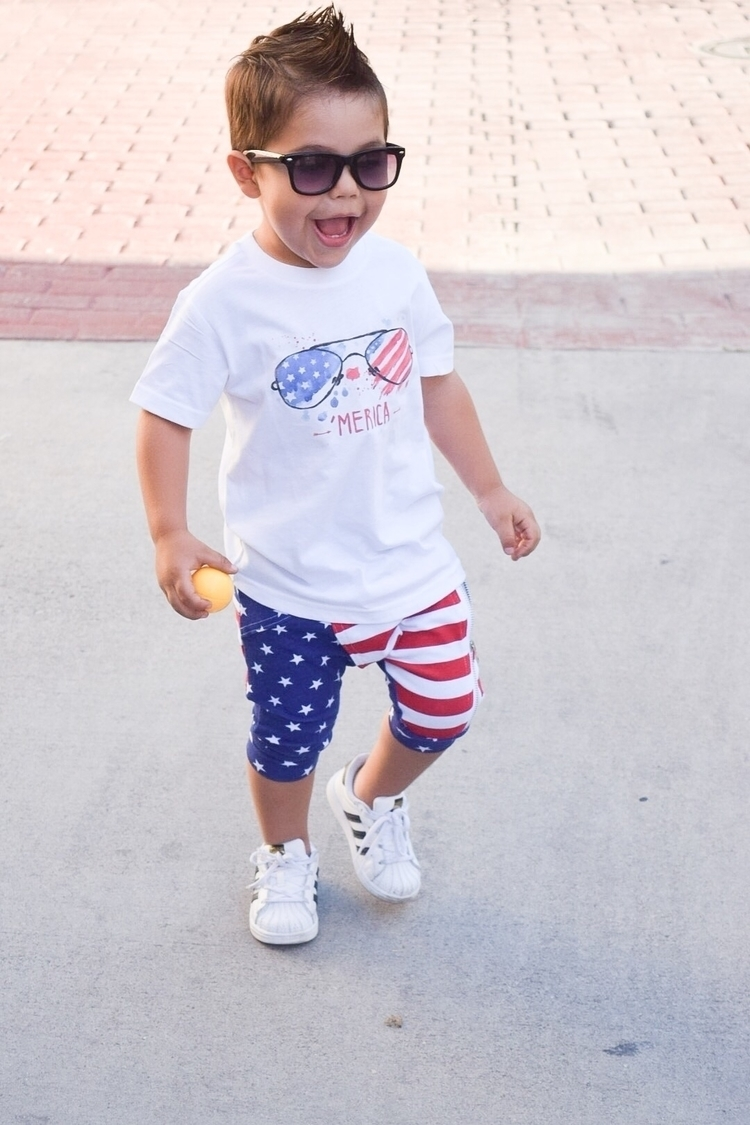 Happy 4th July!! Shorts Tee Gla - explorewithelijah | ello