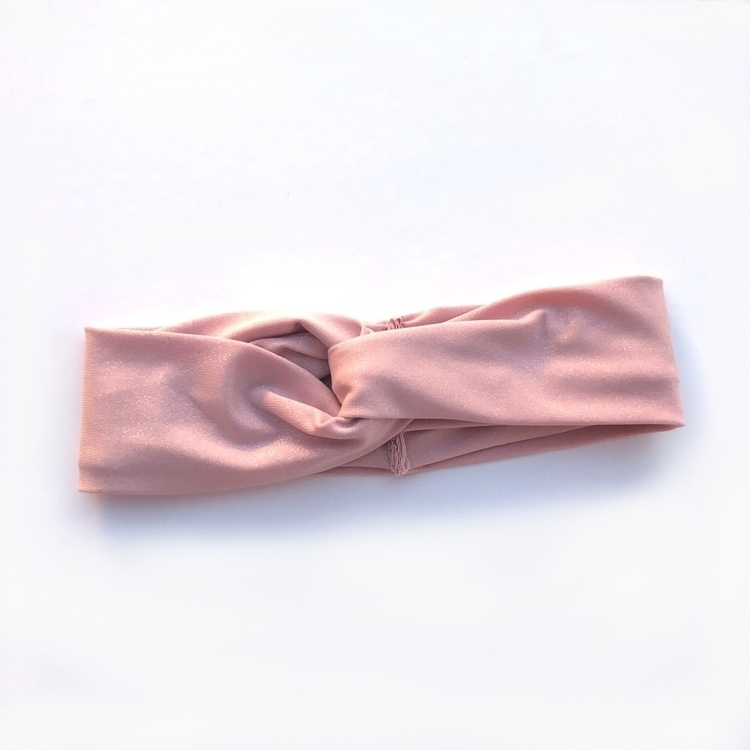 Blush Sparkle Looped Knot popul - rose_and_thea | ello