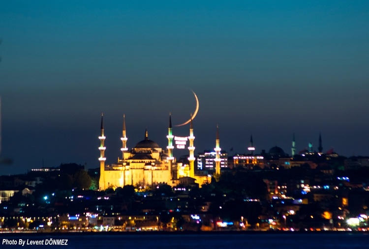 Night, Blue Mosque Moon - sunset - leventdonmez | ello