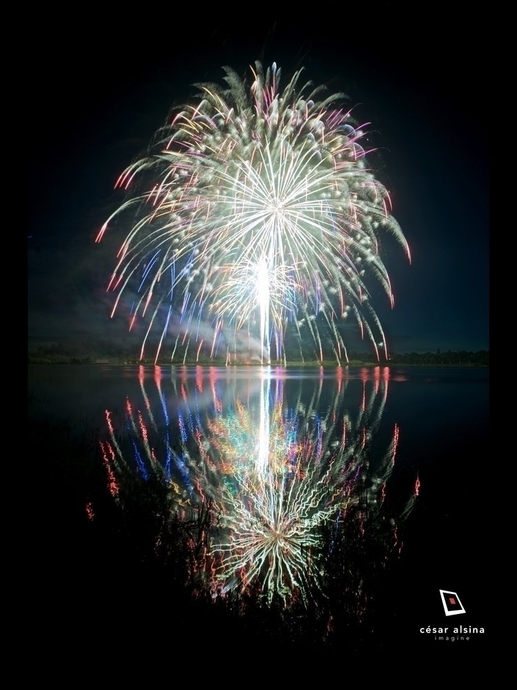 Fireworks 4th July Lake Avalon  - alsina | ello