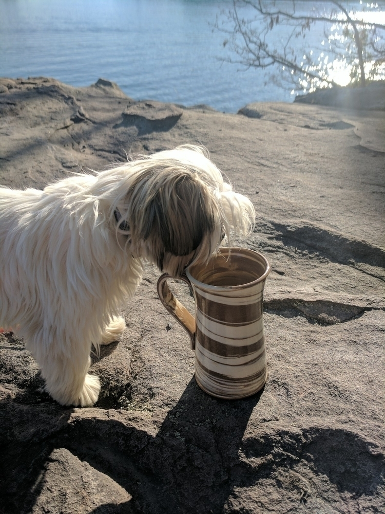 Bo girl loves mugs - hillippieclayco   ello