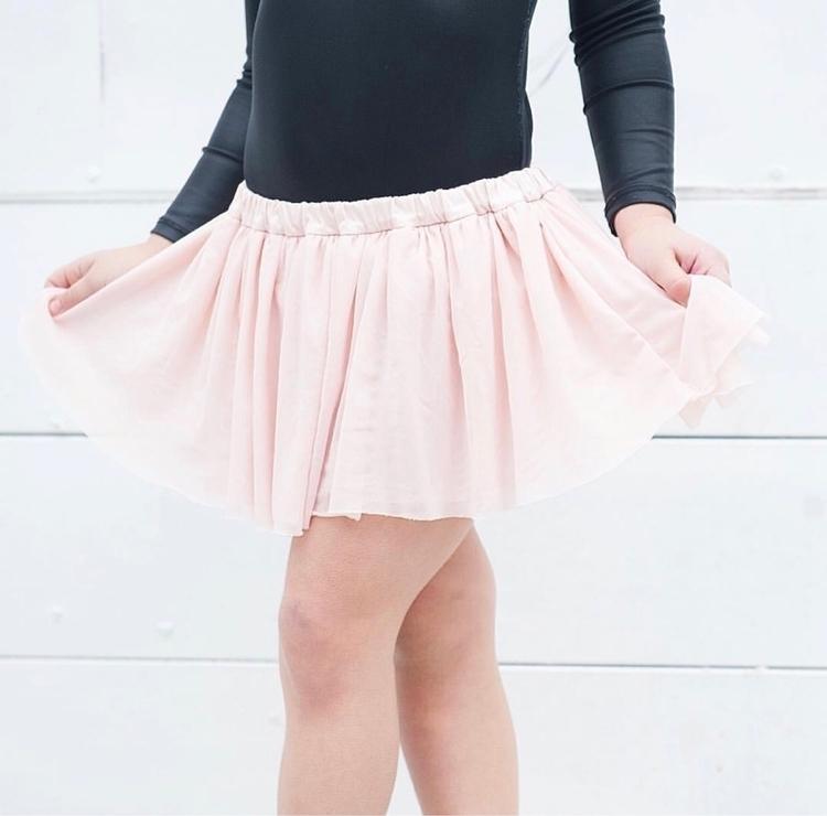 Tutu Skort Blush + Perla layere - littleheartsco | ello