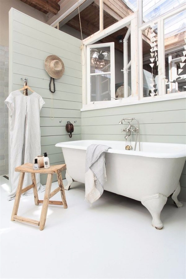 outdoor - bath - ellofabfinds | ello