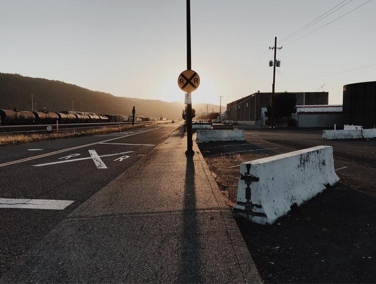 Eclipse - NW Portland - joshualee | ello