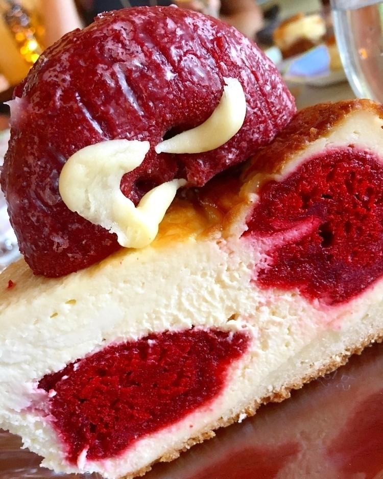 Donut cheesecake ~ - sweetlycbus | ello