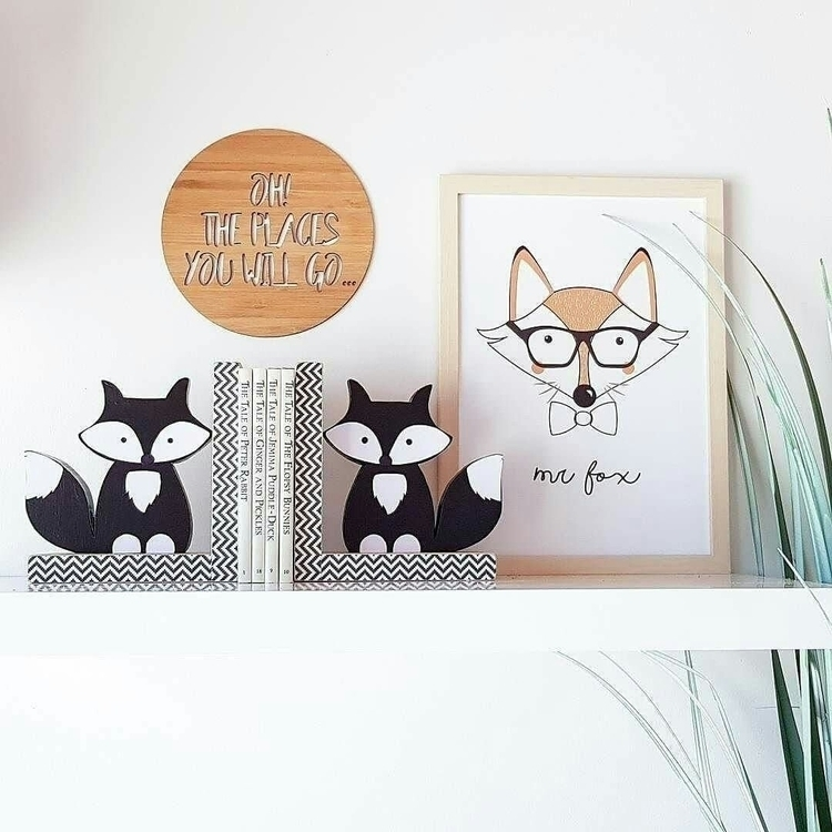 Totally crushing shelfie featur - woodlandends | ello