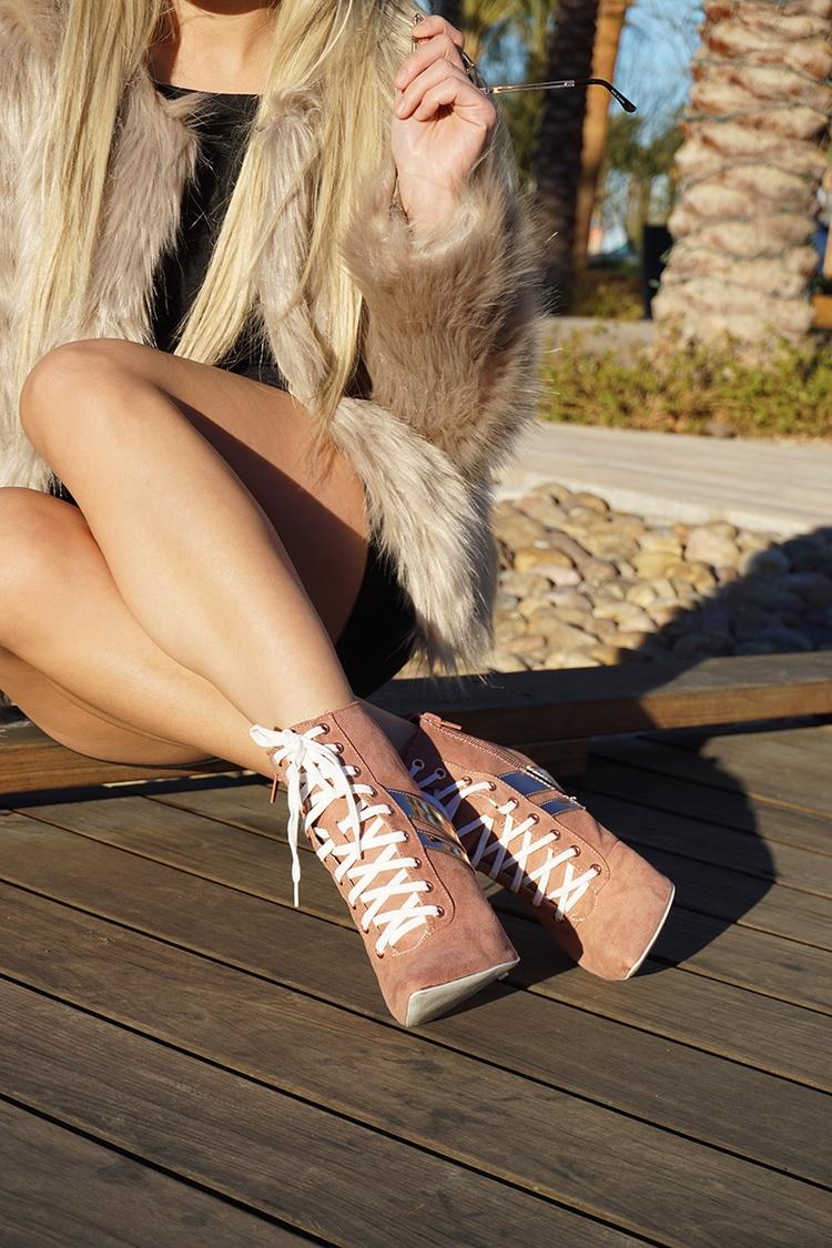 Feet shoes - actyon | ello
