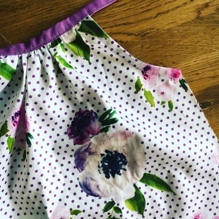 loves watercolour flowers - ilovehandmade - blueberrybubs   ello
