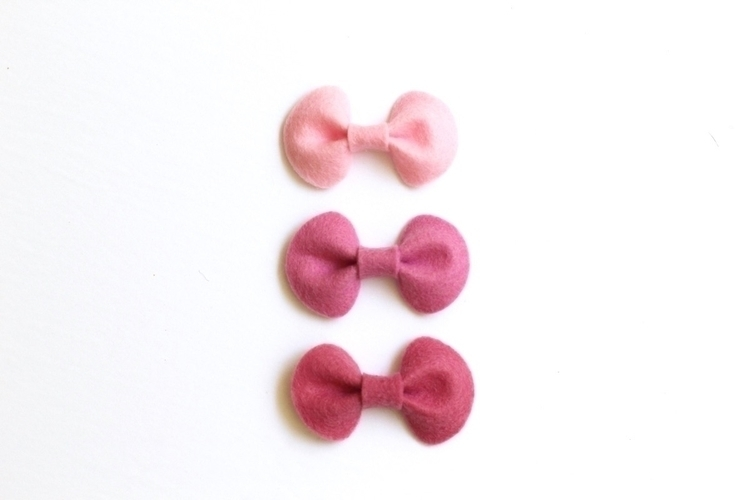 Pebble Mini bows listed! colour - littleshandmade | ello