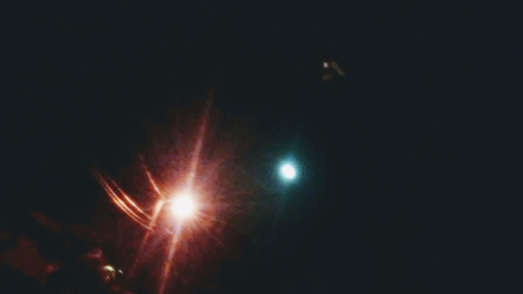 moon, steetlight, somethingelse - alexandria3 | ello