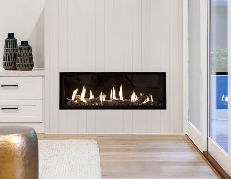 Melbourne, winter, stunningfireplace - throughgreyeyes | ello