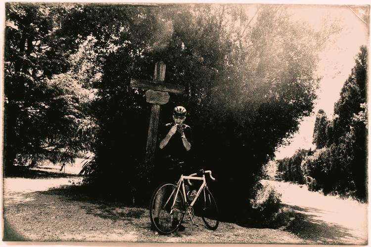 Luigi Annessa cyclist Nosferatu - gekopaca | ello