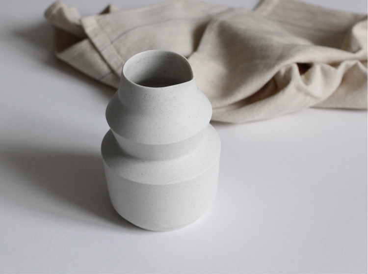 Carafe peppered white - ceramics - elliottceramics | ello
