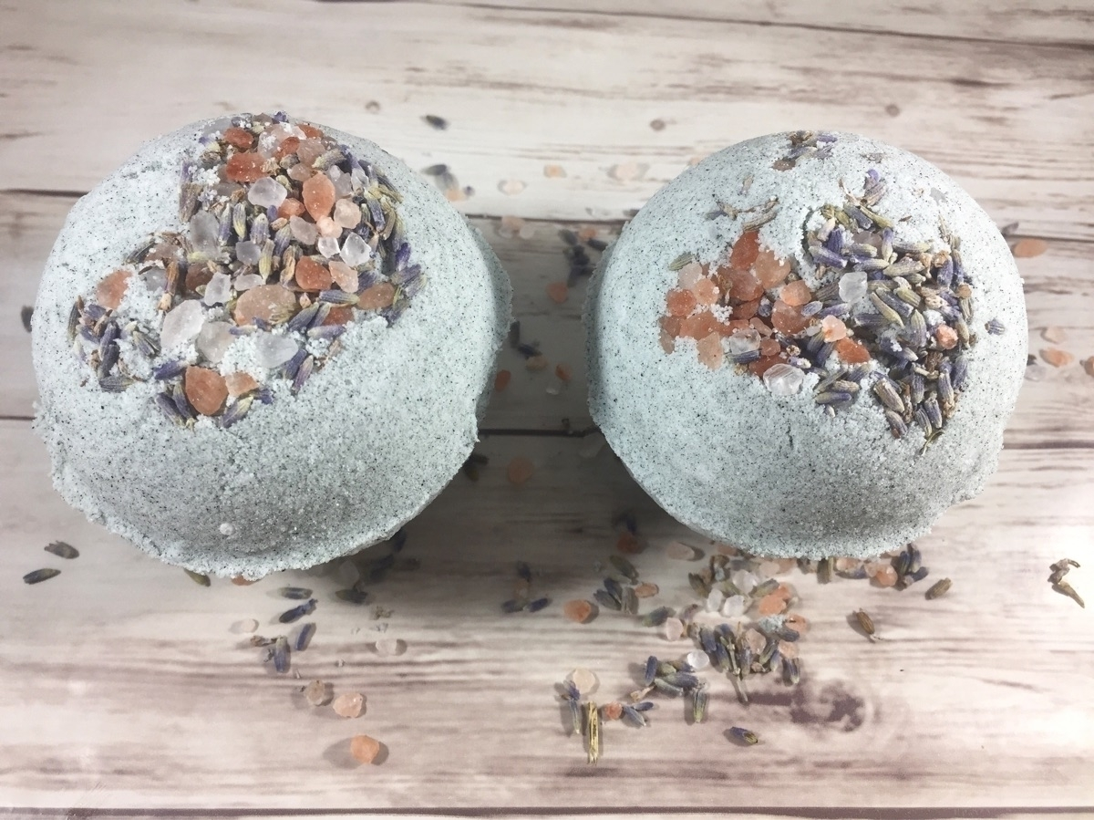 Emerald Waters Bath Bomb:sparkl - hippyheartnaturals | ello