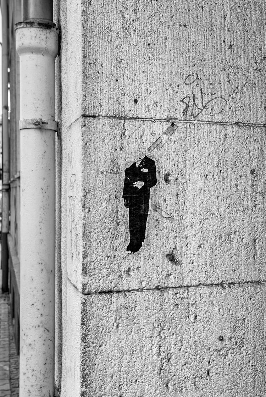 headless gentleman - Frankfurt, 08/15 - christofkessemeier | ello
