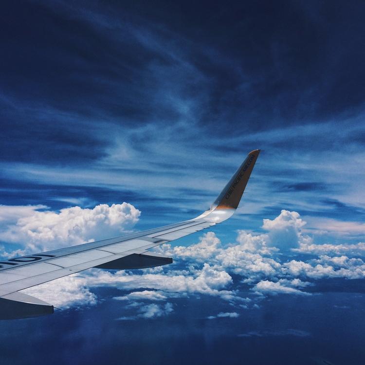 Sky! Enjoying couch home - sky, plane - keengowo   ello