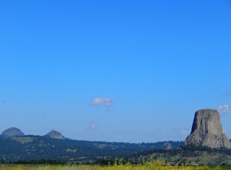 Devils Tower National Monument - bekah_h | ello
