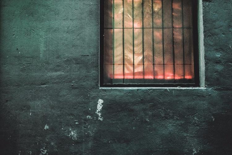 red grey - photography, urban, city - iangarrickmason | ello