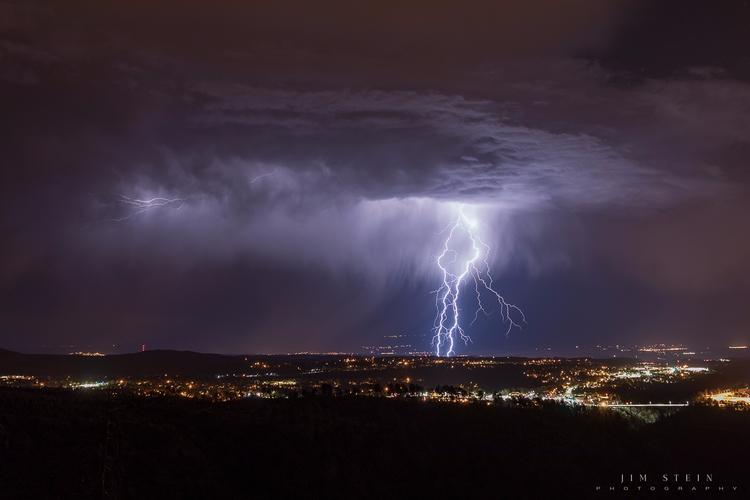 Lightning Los Alamos storms nig - jimstein | ello