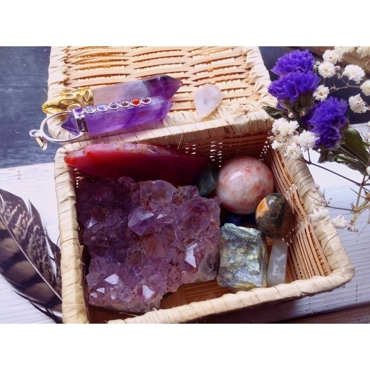 Mineral Healing Basket Listed s - ponyopow | ello