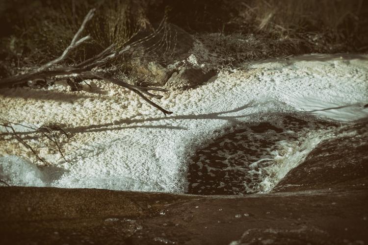 Bubbles Grampians Peaks Trail,  - garylight | ello