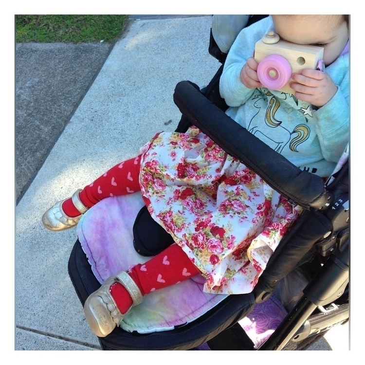 Cute button Oobi flutterheart t - blossomandbeekids | ello