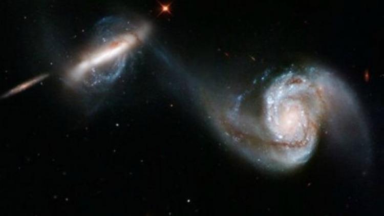 Ένας άγνωστος γαλαξίας μας πλησ - iro81   ello