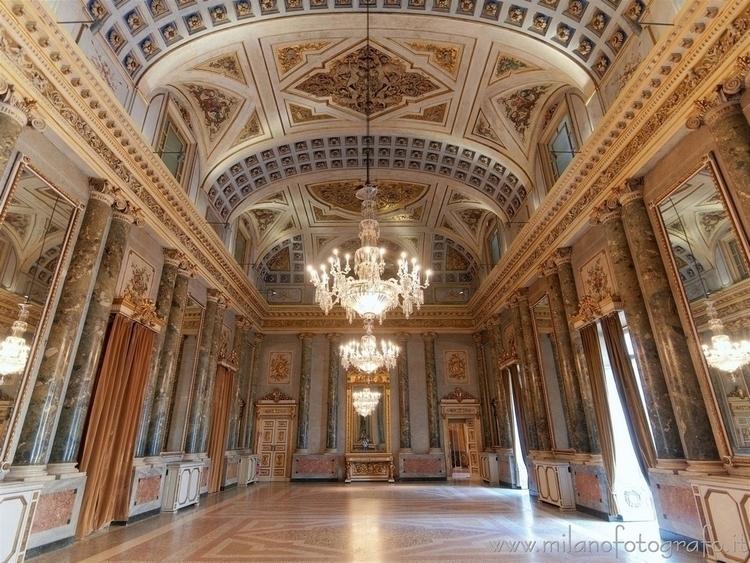 Milan (Italy): Napoleonic Hall  - milanofotografo | ello