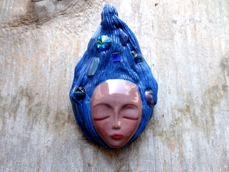 Blue haired goddess - wearable  - abigailsmycken | ello