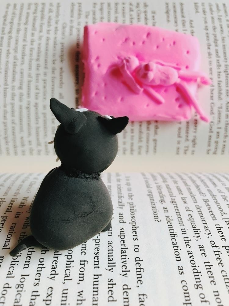 strange human - clay#cat - 100y | ello