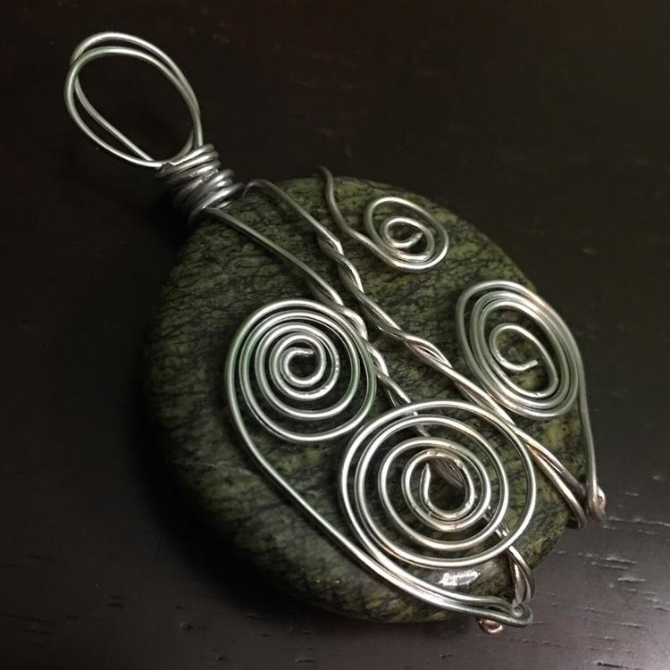 Serpentine Pendant - Blackbird  - maggies0817   ello