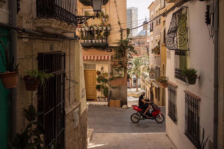charming streets Barrio de Sant - dudau | ello