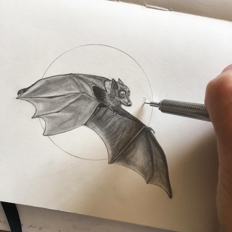 working Halloween critter jewel - thornbird | ello