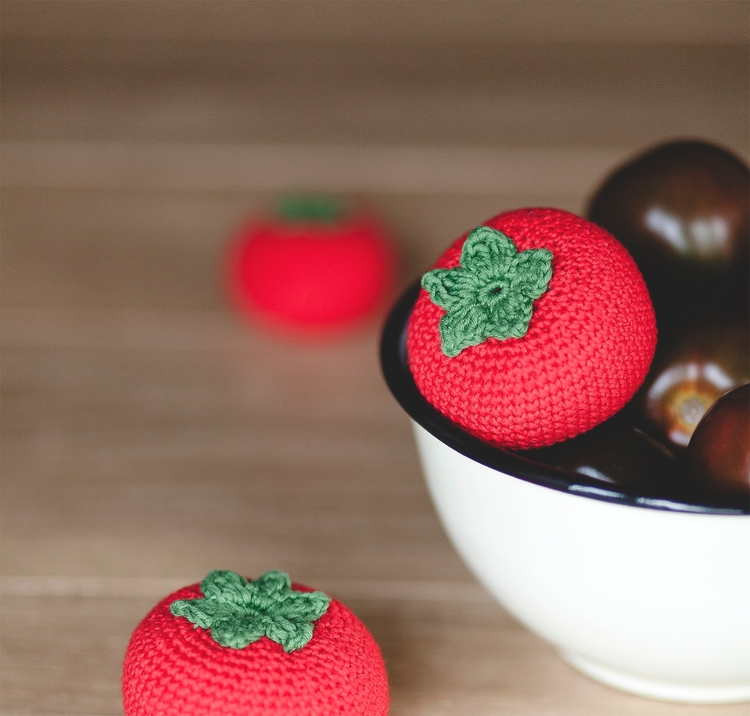Tomato lover - tomato, crochet, amigurumi - lehandmade | ello