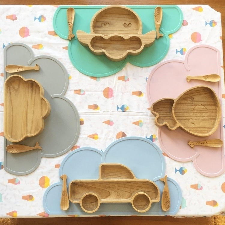 Dinner 4 - kidsplates, woodenplates - projektlittle | ello