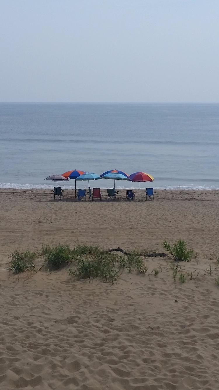 Memories beach day - lucious-smoothy | ello